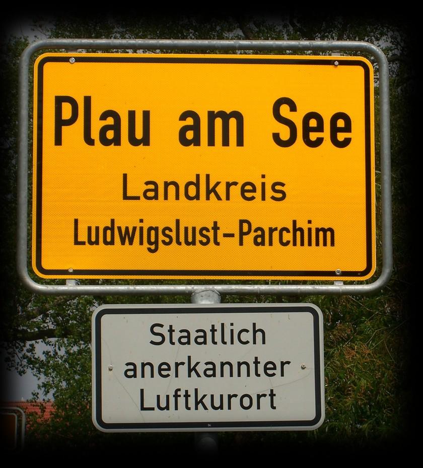 Plau_am_See_Ortsschild_2012.jpg
